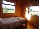 DORMITORIO SINGLE CON VISTA AL LAGO Y VOLCANES
